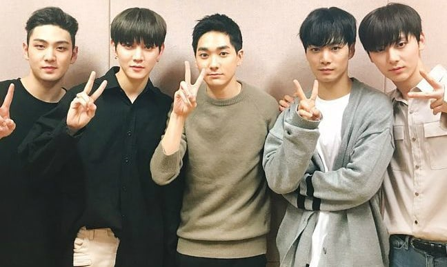 NU'EST's JR And Aron Thank Fans For 2,000 Days Since Debut