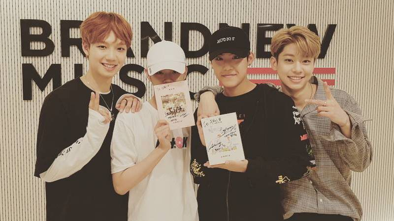 Wanna One's Lee Dae Hwi And Park Woo Jin Receive Signed Albums Ahead Of MXM's Debut