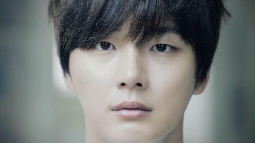 Yoon Shi Yoon 2017