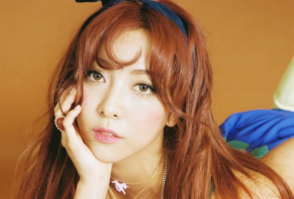 """f(x)'s Luna Talks About Her Kiss Scenes In Musical """"Rebecca"""""""