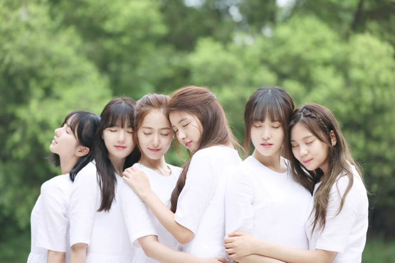 """GFRIEND Reveals Why They Released """"Summer Rain"""" In The Fall"""