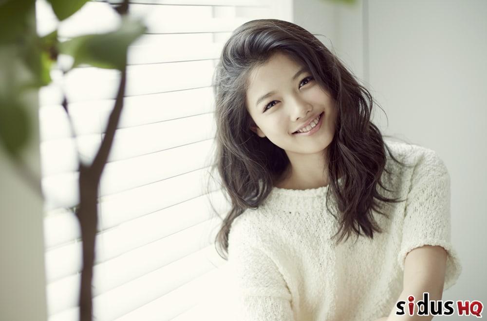 Kim Yoo Jung Renews Contract With SidusHQ
