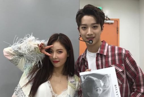 HyunA Snaps Friendly Photo With Wanna Ones Lai Guan Lin