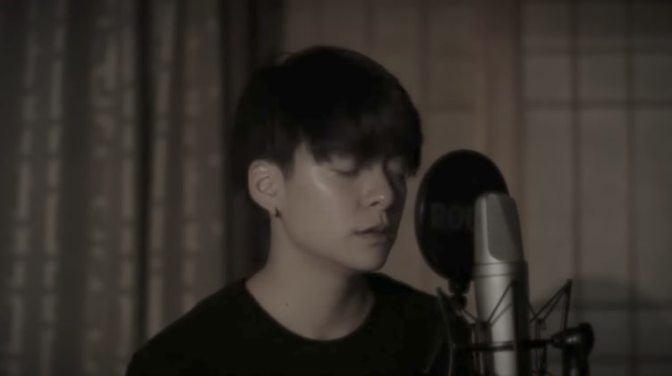 "Watch: f(x)'s Amber Uploads A Beautiful Cover Of A-mei's ""I Want Happiness"""