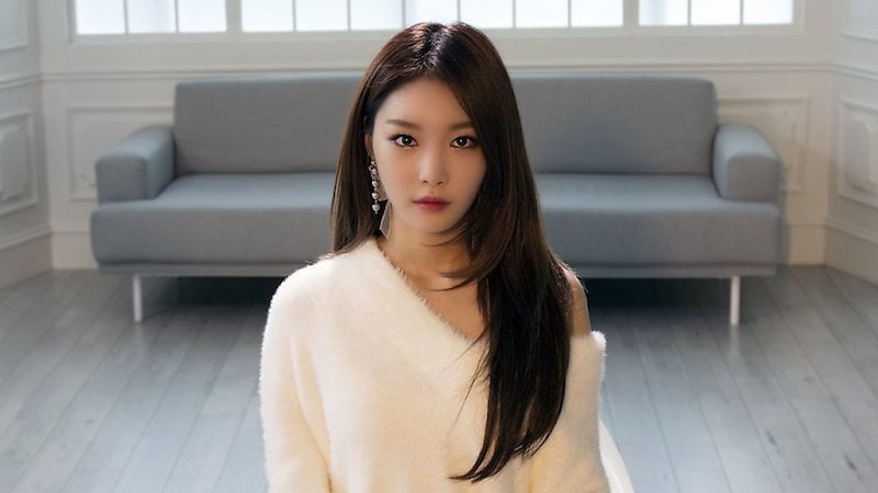 "Kim Chungha Discusses What She Learned On ""Produce 101"" And Her Life After It"