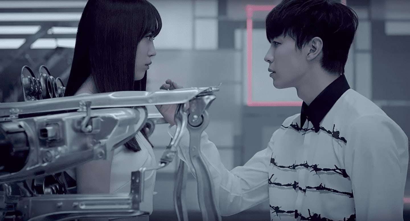 7 MVs That Creatively Illustrate Compelling Plots