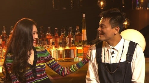 """Sunmi Names Kim Wan Sun As One Of Her Role Models On """"Party People"""""""