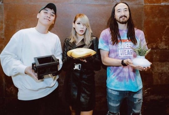 YG Labelmates CL And Seungri Meet Up In Cute Snapshot With Steve Aoki