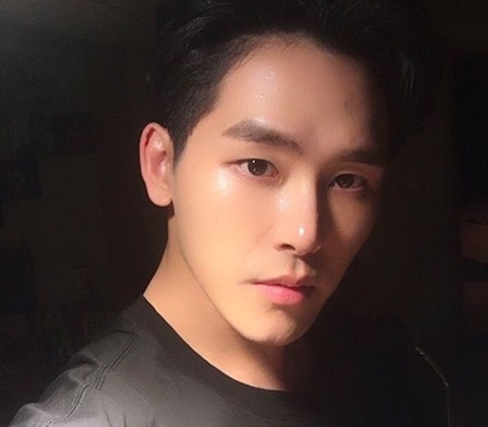 Hoya Gets Cast In First-Ever Musical