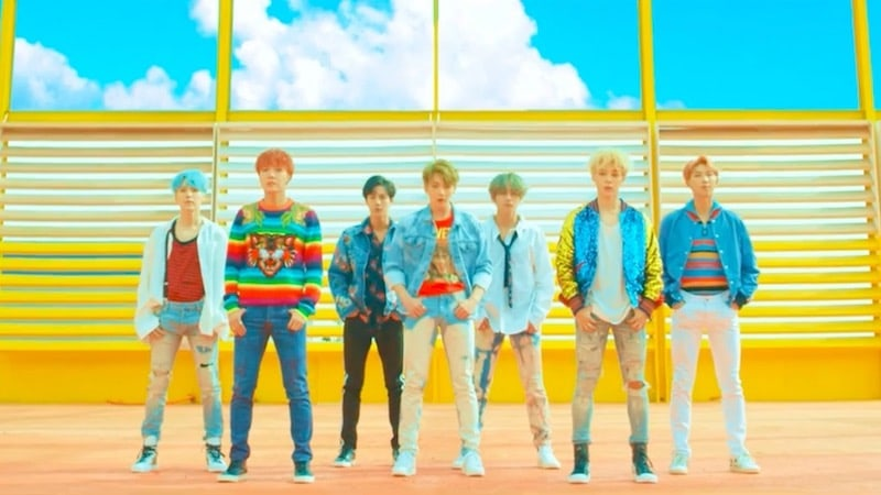 BTS achieve their goal to enter Billboard's 'Hot 100' with 'DNA'!