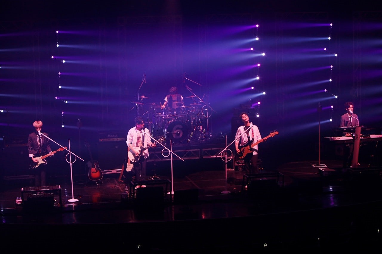 DAY6 Treats Fans With Diverse Stages + Heart-To-Heart Talks In Every DAY6 Concert in October