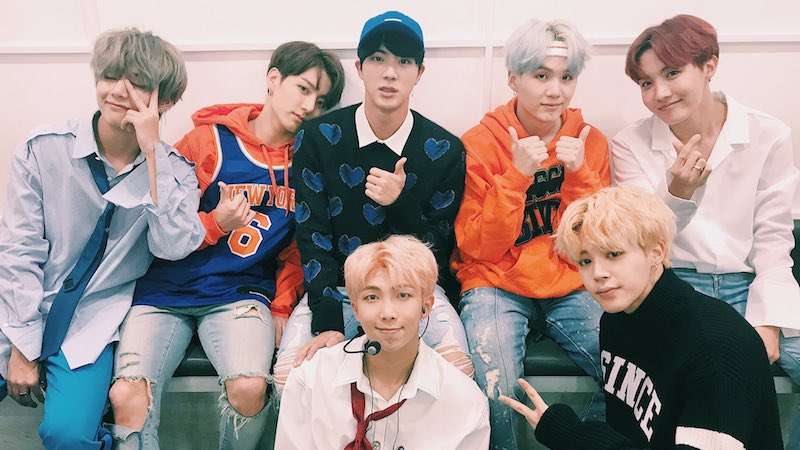 "BTS Takes 5th Win With ""DNA"" On ""Inkigayo"""