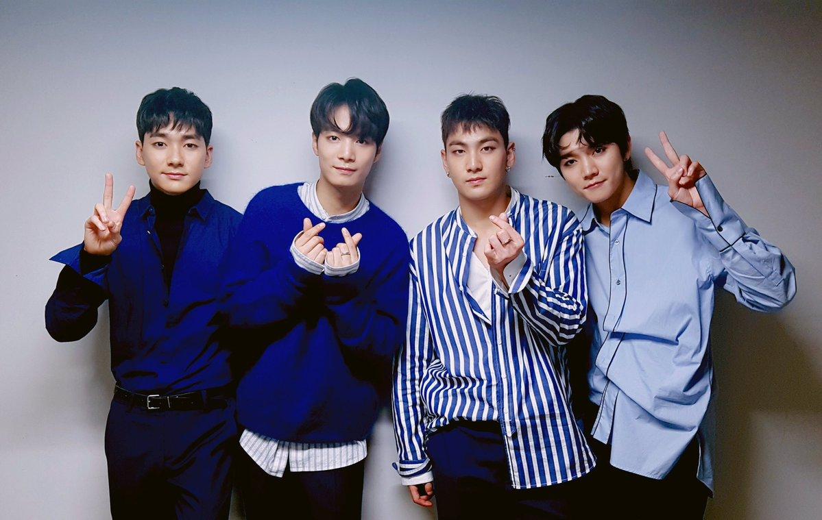 NU'EST Fans Make The 2017 Korea Music Festival Memorable With Special Light Stick Event