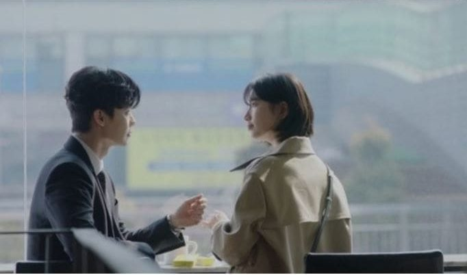 """Lee Jong Suk And Suzy Grow Closer In """"While You Were Sleeping"""" Stills"""