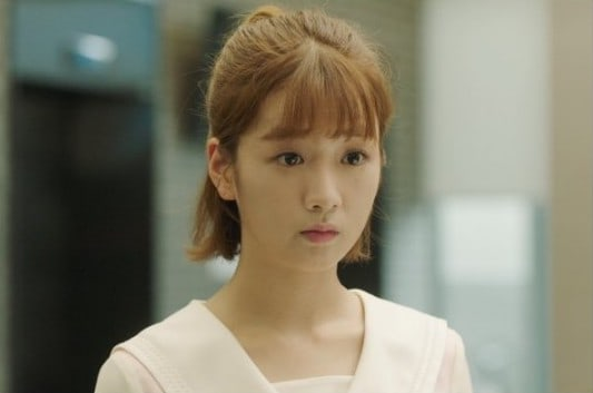 """Apink's Bomi Is A Relatable Office Worker In New Stills For """"Because This Is My First Life"""""""