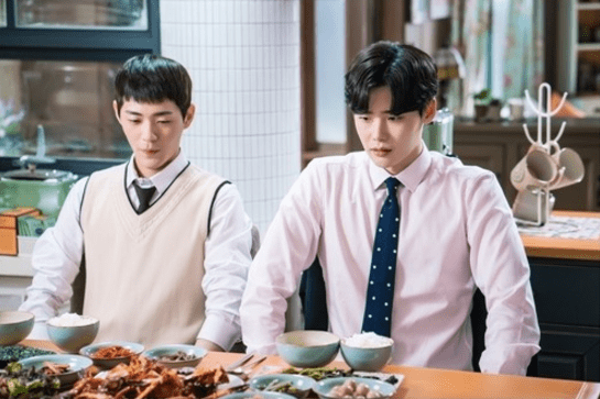 "Lee Jong Suk Gets Showered With Affection In Latest Stills For ""While You Were Sleeping"""