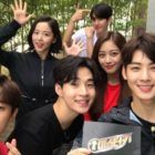 """""""Master Key"""" Releases Fun Group Photos Of 1st Episode Players"""