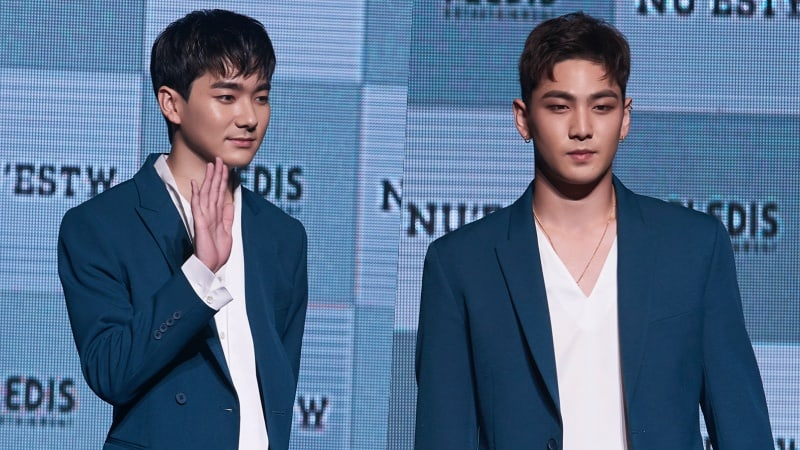 """NU'EST W's Aron And Baekho Share Stories Of Difficulties They Faced Filming """"Where You At"""""""