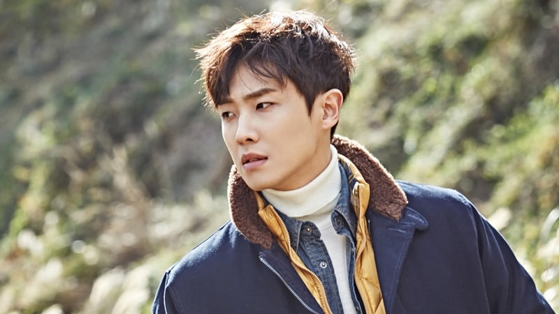 Lee Joon Names Celebrities Who He Hopes Will Visit Him In The Military