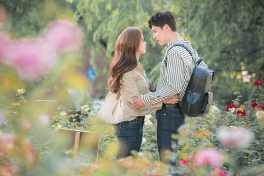 """3 Things To Look Forward To In TVXQ's Yunho And Kyung Soo Jin's Drama """"Melo Holic"""""""