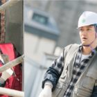 "Choi Siwon's Character Has A Tough Time Adapting To Construction Work In New Stills From ""Revolutionary Love"""