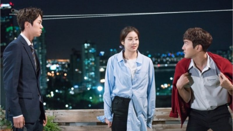"""""""Revolutionary Love"""" Releases Stills Of Choi Siwon, Kang Sora, And Gong Myung's Hilarious First Encounter"""