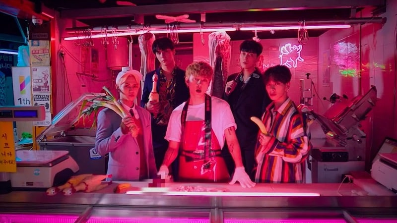 Highlight Tells Behind-The-Scene Stories From Filming New MV
