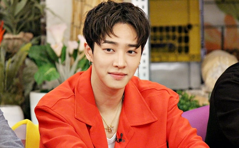 Highlight's Lee Gikwang Talks About His Viral Shirtless Performance And Its After Effects