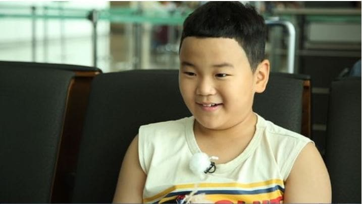 "Yoon Hoo From ""Dad! Where Are We Going"" To Appear On Variety Show ""My Foreigner Friend"""