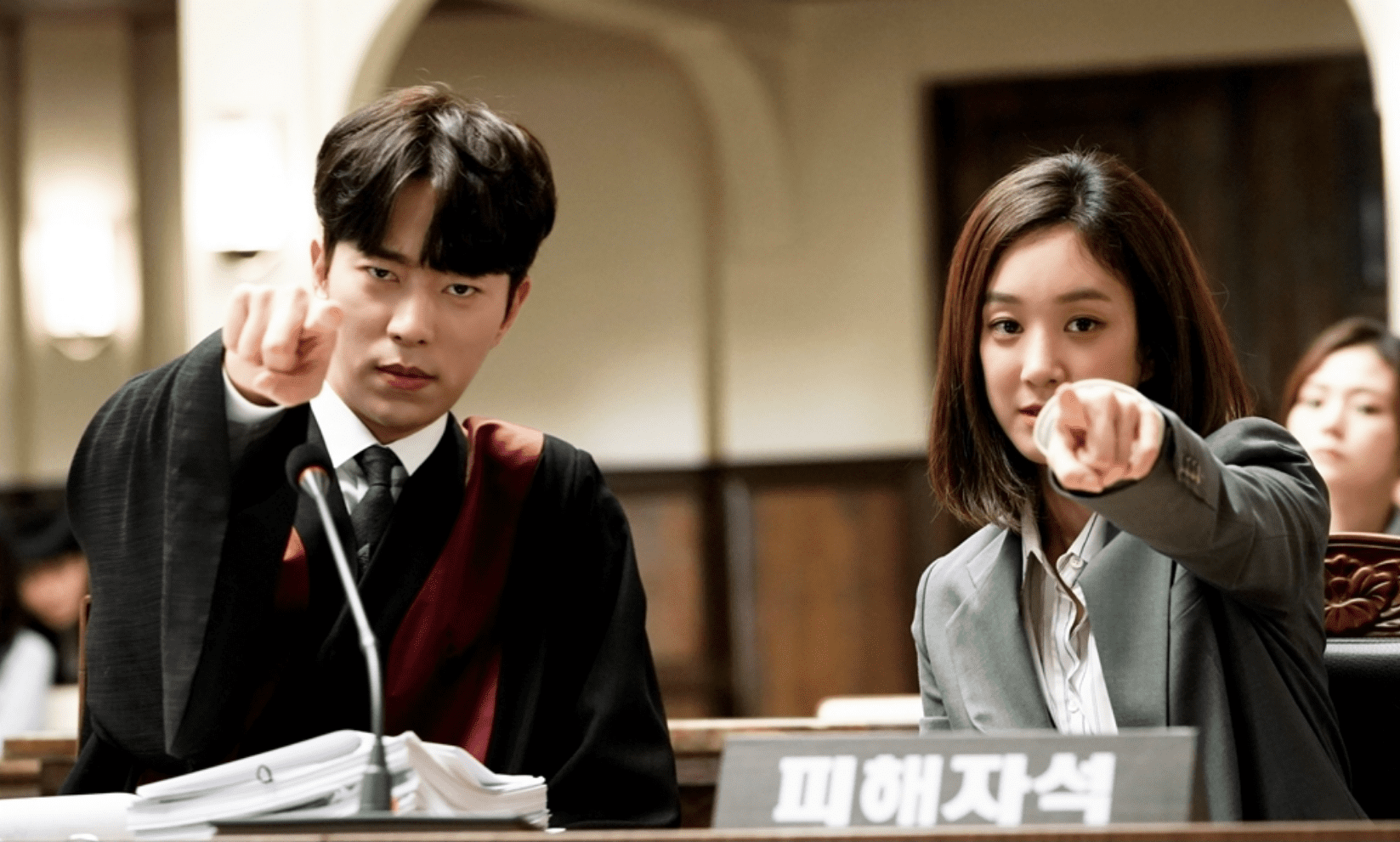 """""""Witch's Court"""" Releases New Behind-The-Scenes Stills To Thank Viewers For High Ratings"""