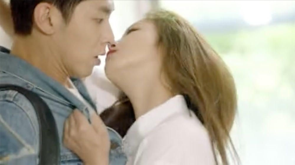 """Watch: TVXQ's Yunho Can't Handle Kyung Soo Jin's Split Personalities In """"Melo Holic"""""""