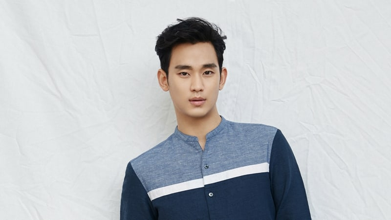 Kim Soo Hyun's Agency Shares Photos From His Military Enlistment