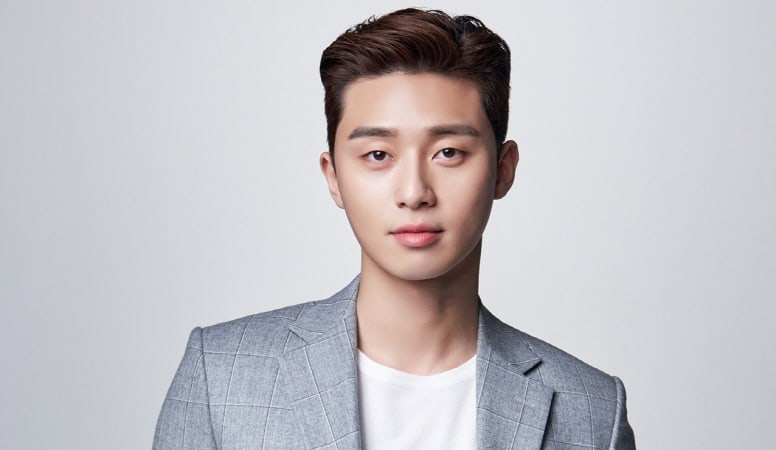 Park Seo Joon Thanks Moviegoers In His Award Acceptance Speech