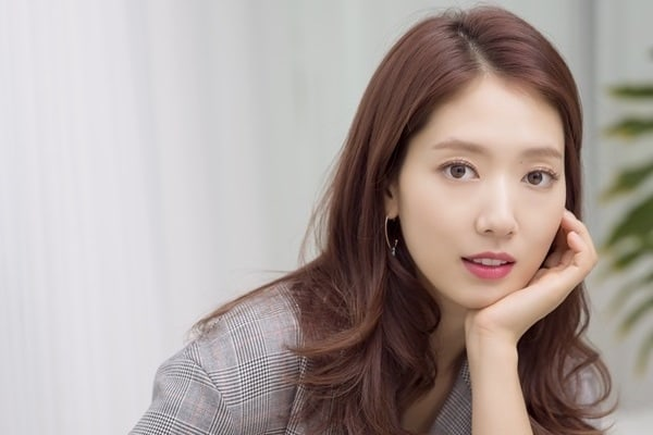 Park Shin Hye Candidly Shares Her Worries About Marriage