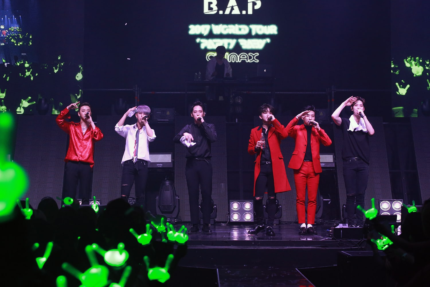 "B.A.P Slays Absolutely Perfectly At Climax Of ""2017 World ..."