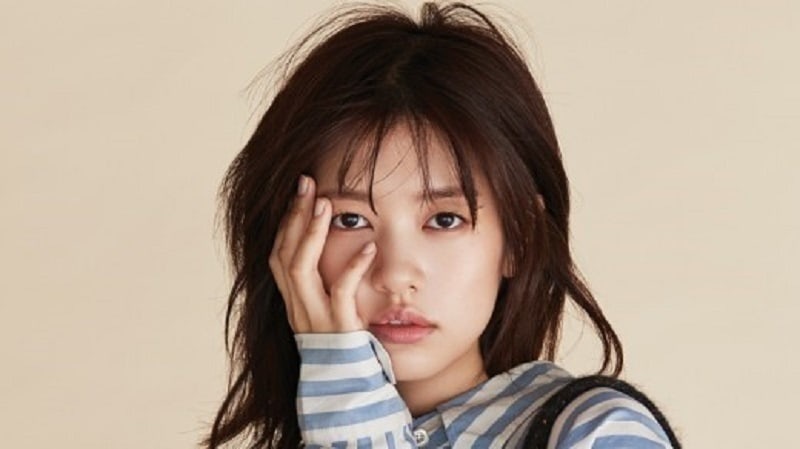 "Jung So Min Receives Coffee Truck From Jellyfish Entertainment On ""Because This Is My First Life"" Set"