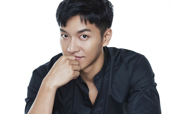 "Lee Seung Gi Officially Confirmed To Be Starring In Hong Sisters' Upcoming Drama ""Hwayugi"""