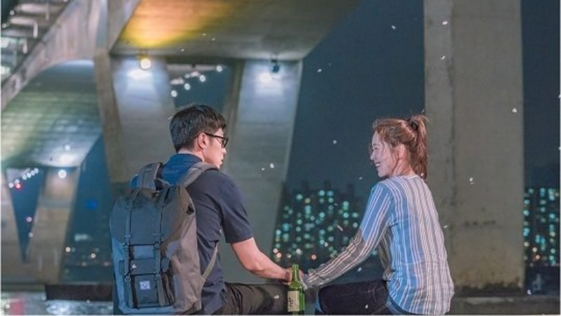 """Melo Holic"" Reveals Stills Of TVXQ's Yunho And Kyung Soo Jin's First Meeting"