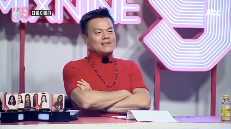 "Watch: JYP Doesn't Hold Back While Evaluating YG Trainees In ""MIXNINE"" Teaser"
