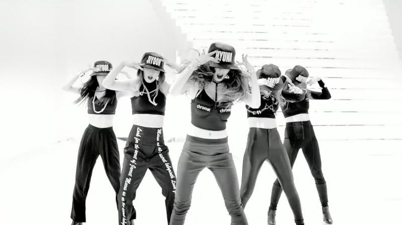 "4Minute's ""Crazy"" Becomes Their First MV To Hit 100 Million Views"