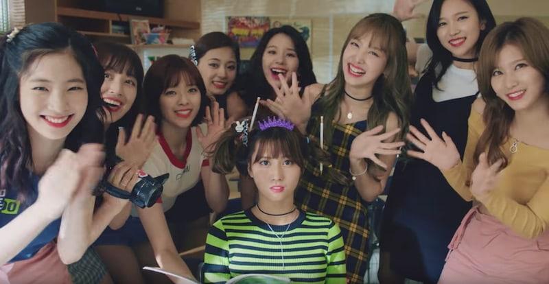 "TWICE's ""Likey"" Becomes Fastest K-Pop Girl Group MV To Reach 40 Million Views"