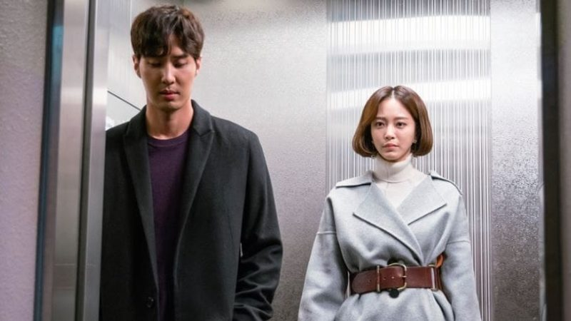 "Han Ye Seul And Kim Ji Suk Are Serious And Tense In ""20th Century Boy And Girl"" Stills"