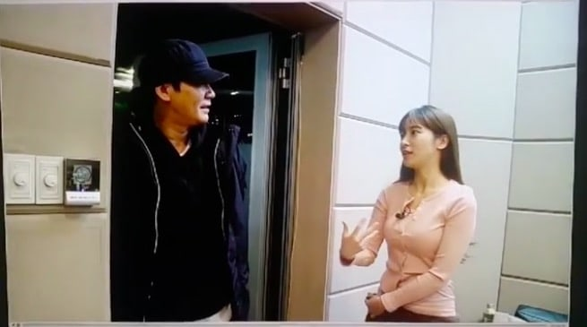 """Yang Hyun Suk Makes Surprise Visit To CocoSori's Sori After Controversial Remarks On """"MIXNINE"""""""