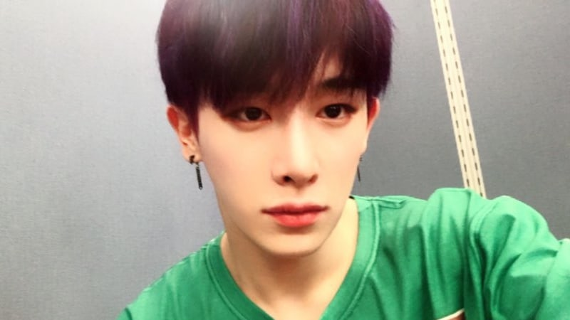 MONSTA X's Wonho Reassures Fans About His Health And Talks About His Mom