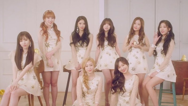 "Watch: Lovelyz Makes Dazzling Comeback With Wintry MV For ""Twinkle"""
