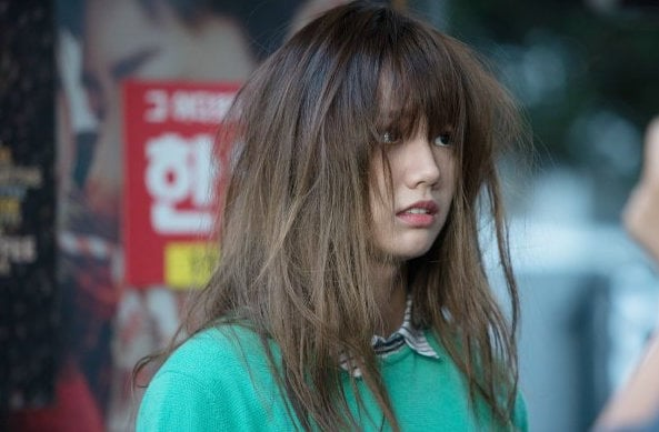 """Hyeri Suffers After A Brawl In New """"Two Cops"""" Stills"""