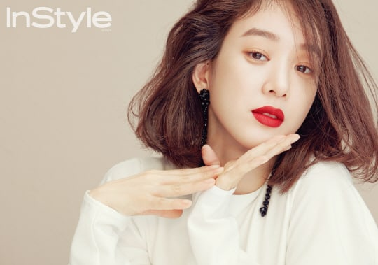 "Jung Ryeo Won Says She's Nothing Like Her ""Witch's Court"" Character In Real Life"