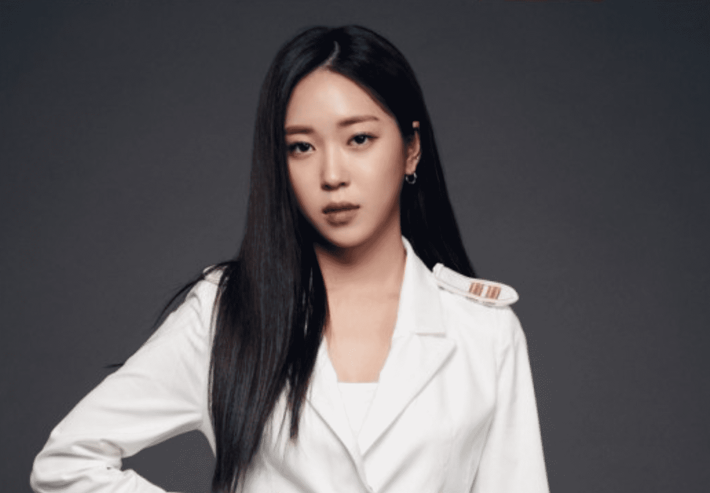 "Singer I To Leave ""The Unit"" Due To Health Problems"