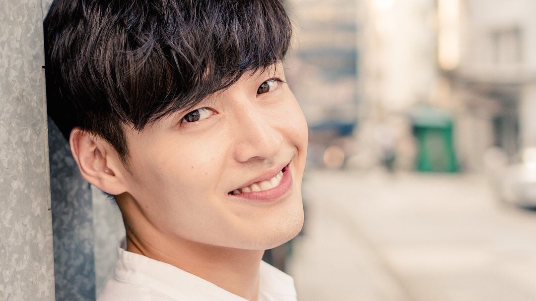 Kang Ha Neul Revealed To Have Kept Filming Movie Despite Muscle Rupture