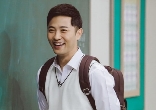"""Jin Goo Reveals Why He Changed His Fashion Style After """"Descendants Of The Sun"""""""